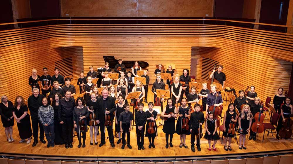 Yehudi-Menuhin-School-String-Academy-Tutors-and-course